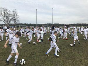 Großen Respekt vor Blau Weiß Rebesgrün – Verein organsiert Fussballcamp mit 100 Kindern!