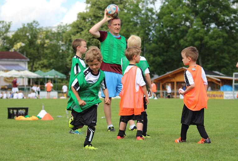 Read more about the article Nachwuchsstart bei den C-Junioren